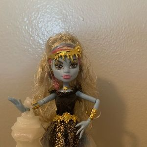 Monster high 13 wishes: abbey Bominable